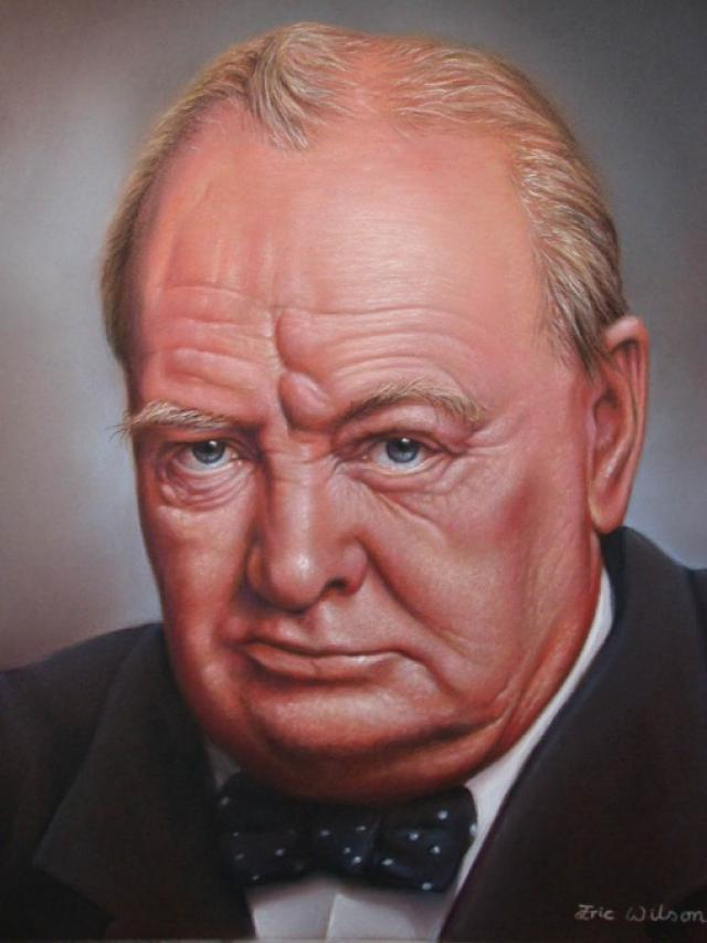 Indians hated British Prime Minister, Sir Winston Churchill. (1/5)