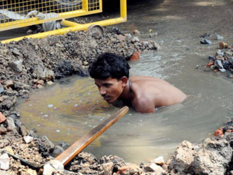 manual scavenging Manual scavenging continues to exist in india even 67 years after independence is it due to the lack of laws, lack of alternatives or lack of will.