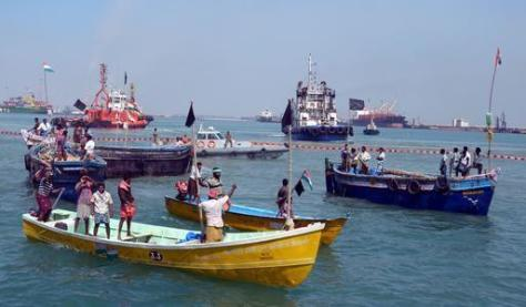Anti-nuclear protesters lay siege to Tuticorin port