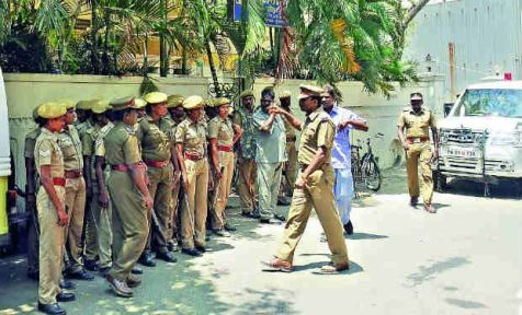 Police personnel deployed in front of Mahabodhi society in Egmore after a group of men tried to attack the building. (Photo - Deccan Chronicle)