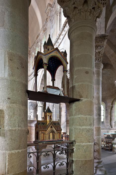 Reliquaries, Église Saint Menoux, Saint Menoux (Allier). (Photo: PJ McKey)