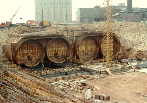Here's what the east approach looked like when it was under construction in July 1983