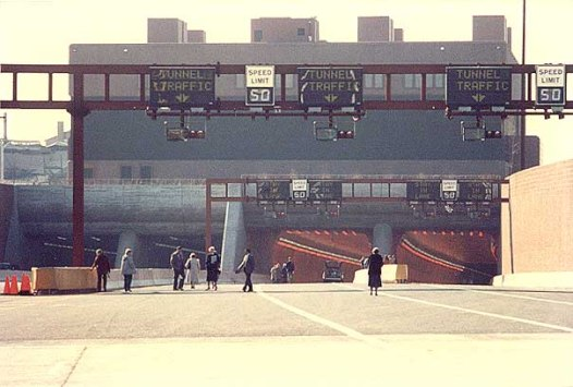 Opening day for the Baltimore Harbor 7,200-foot-long 8-lane Fort McHenry Tunnel, Saturday November 23, 1985. (Photo: roadstothefuture.com)