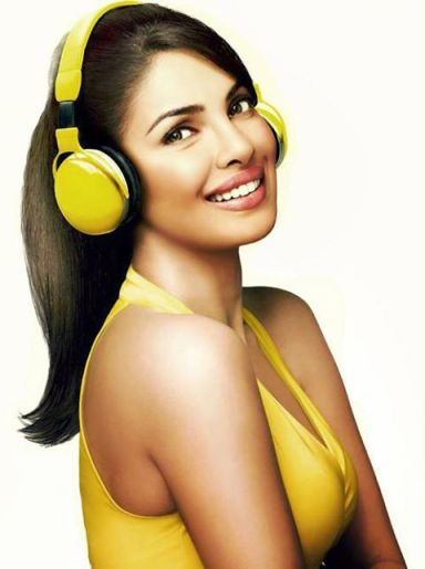 Priyanka Chopra looking awesome in this Garnier Ad.