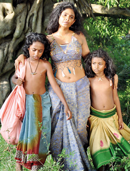 Kuveni leaving Tambapanni with her son Jivahata and daughter Disala