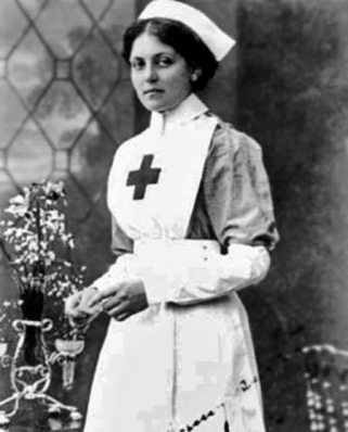 23-year-old Violet Jessop in her Voluntary Aid Detachment uniform while assigned to HMHS Britannic
