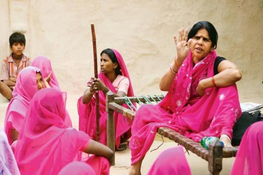 Gulabi Gang's esrtwhile leader Sampat Pal (Source: indiatoday.intoday.in)
