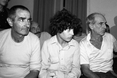 Former guerrilla José Mujica (left), with fellow political prisoners Adolfo Wassen Jr., and Mauricio Rossenco on March 14, 1985, the day they were freed. (Source: AFP/Getty Images)