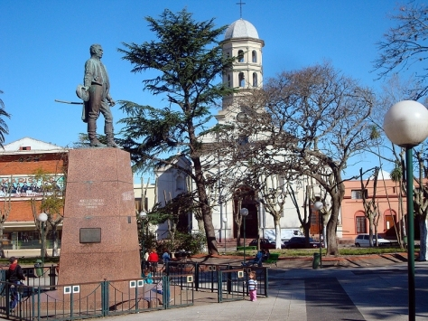 The central square of Pando with the Church of the Immaculate Conception in the background (Source: Hoverfish/Gallery)