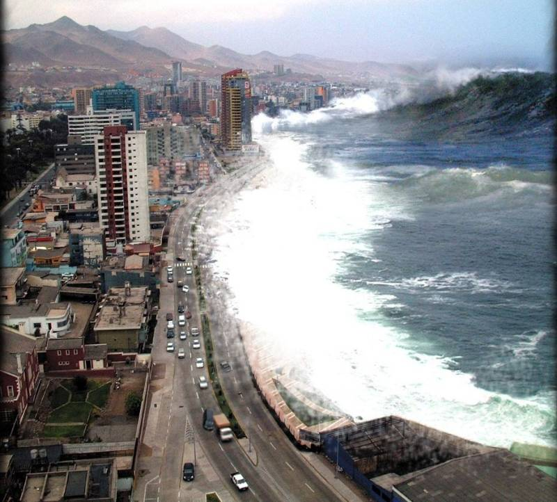 India and Day 26 – Part 3: The Devastating Indian Ocean ... Indian Ocean Tsunami Wave