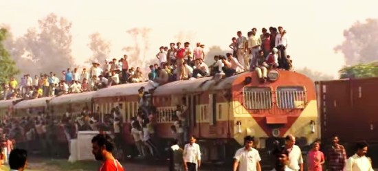 "Video grab from ""Indian train in all its (crowded!) glory!"" uploaded on November 10, 2011 by WildFilmsIndia."