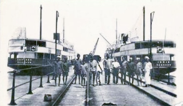 Ferry service from Dhanushkodi Pier to Talaimannar in the 1950s.