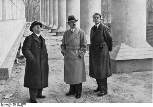Adolf Hitler (center) with his architects Professor Leonhard Gall (left) and Albert Speer (right) (Source: Deutsches Bundesarchiv Bild 183-H29050)