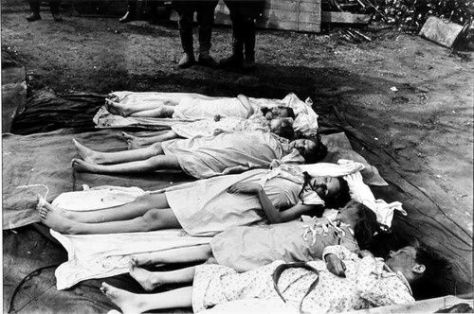 Bodies of the six Goebbels children, who were poisoned by their parents (Source: imgur.com)