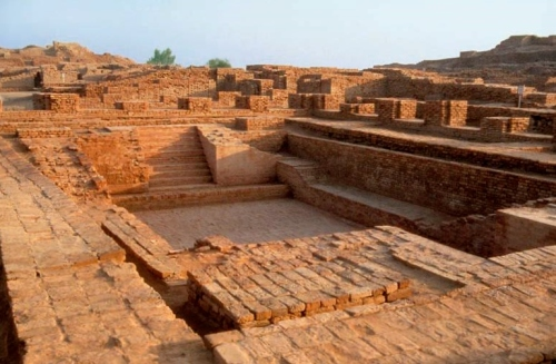 The 'Great Bath', Mohenjo-daro, in Sindh, Pakistan. (Source: studyblue.com)