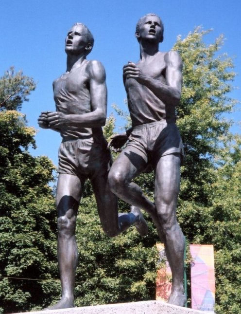 A sculpture of Roger Bannister and John Landy by Jack Harman placed outside of the Empire Stadium to commemorate the Miracle Mile. (Photo: Paul Joseph)