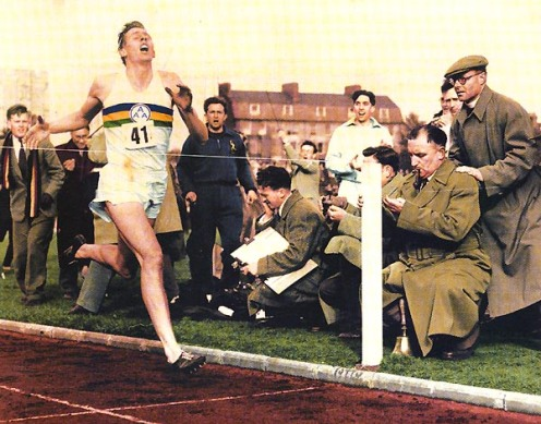 The moment that changed the world of track running forever - Roger in at 3:59.4 (Source: thebounce.co.za)
