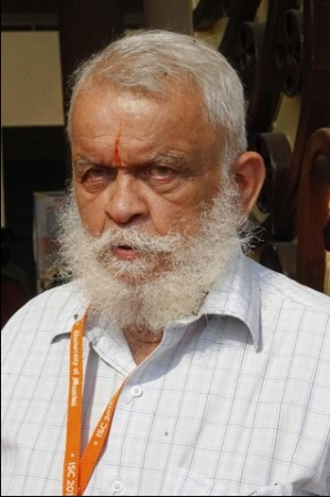 "Anand J. Bodas, pictured in Mumbai on January 4, 2015, says Maharishi Bhardwaj -- a sage of the Vedic period (around 1500 - 500 BC) -- laid down as many as ""500 guidelines"" on flying in a Hindu text ©STRDEL (AFP)"