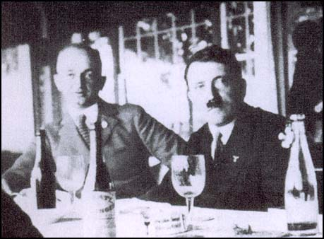 Ernst Schmidt and Adolf Hitler (c. 1933). (Source: spartacus-educational.com)