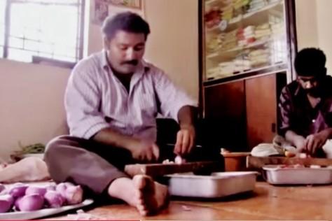 Narayanan Krishnan preparing the vegetables.