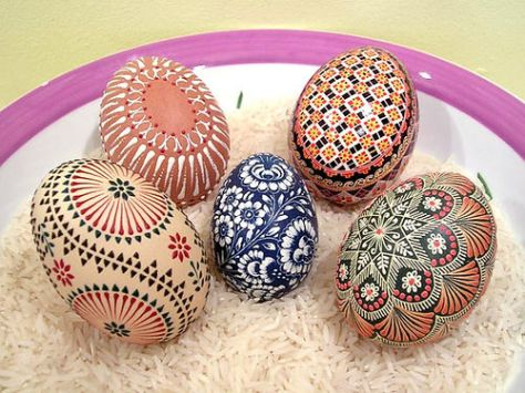 Hand Painted Easte Eggs (Source: menorca-live.com)