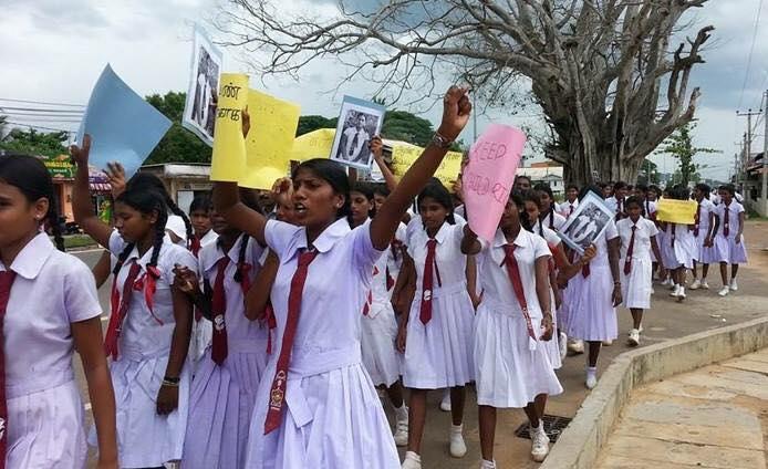 Protesting students (Source - Naangal Yaalpaanam on Facebook)