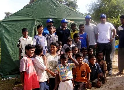 The Sri Lankan Cricketers' respond to the Tsunami of 26 December 2004 (Source: thuppahi.wordpress.com)