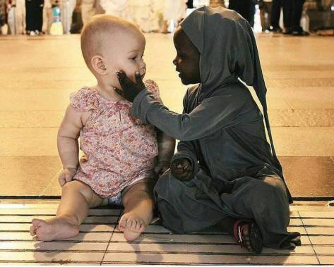 Ivory and Ebony -Innocence in perfect harmony (Source: Facebook/The Eyes of Children around the World)