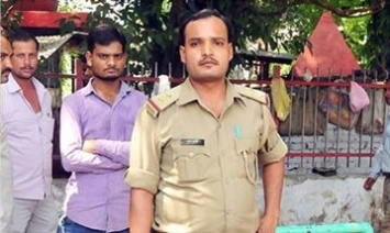 Pradeep Kumar, the Police Officer who damaged Kishan Kumar's typewriter (Photo - Ashutosh Tripathi)