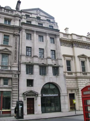 Banco de Sabadell London situated at Sabadell House, 120 Pall Mall, London SW1Y 5EA (Source: manchesterhistory.net)